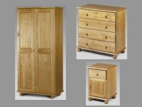 Pickwick 3 Piece Bedroom Furniture Package